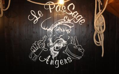 passage logo bar